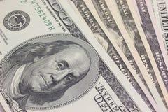 Fondo con el dinero los E.E.U.U. 100 cuentas de dólar Foto de archivo