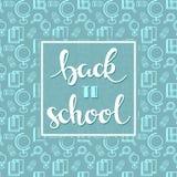 Fondo con el modelo sealess de la escuela con palabras dibujadas mano de nuevo a escuela Fotos de archivo