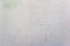 Fondo con el muro de cemento pintado blanco Foto de archivo libre de regalías