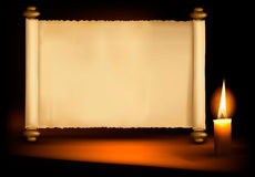 Fondo con el papel viejo y una vela. Vector Foto de archivo libre de regalías