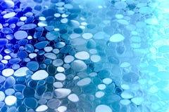 Fondo con formas azules y blancas del círculo imágenes de archivo libres de regalías