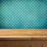 Fondo con la tabella di legno della piattaforma Fotografia Stock