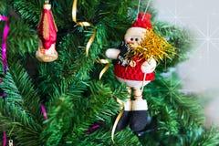 Fondo con las decoraciones del árbol de navidad Imagen de archivo libre de regalías