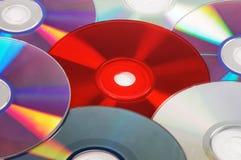 Fondo con los discos del CD/DVD Imagen de archivo libre de regalías