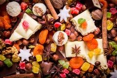 Fondo con los dulces y el chocolate Fotografía de archivo