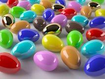 Fondo con los huevos de Pascua coloreados Fotos de archivo