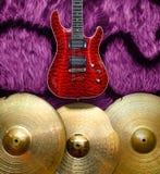 Fondo con los instrumentos musicales Fotos de archivo libres de regalías
