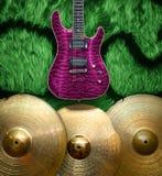 Fondo con los instrumentos musicales Imagenes de archivo