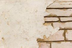 Fondo con los ladrillos amarillos puros de la pared y del vintage de la masilla Imagen de archivo
