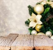 Fondo con los tableros de madera, foco borroso, selectivo de la Navidad Fotos de archivo