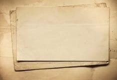 Fondo con los viejos papeles y letras Imagen de archivo libre de regalías