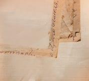Fondo con los viejos papeles y letras Foto de archivo libre de regalías
