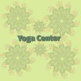 Fondo concentrare dell'insegna di yoga, mandala del fiore Immagini Stock