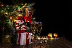 Fondo conceptual brillante del ` s del Año Nuevo con las luces Imagenes de archivo