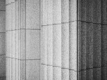 Fondo concreto del extracto del detalle de la arquitectura de las columnas del cemento Imágenes de archivo libres de regalías