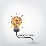 Fondo creativo del concepto de la idea de la bombilla Foto de archivo libre de regalías