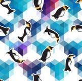 Fondo cristalino azul abstracto del hielo con el pingüino modelo inconsútil, uso como textura superficial Fotografía de archivo libre de regalías