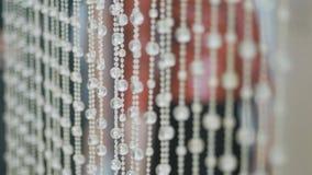 Fondo cristalino brillante Colgantes cristalinos Piedras cristalinas Cámara lenta Foco liso metrajes