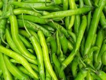 Fondo culinario de chiles rojos verdes calientes frescos Fotos de archivo