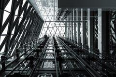 Fondo d'acciaio astratto in bianco e nero della costruzione fotografia stock libera da diritti