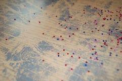Fondo d'annata con delle le perle colorate multi Immagine Stock Libera da Diritti