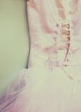 Fondo d'annata del corsetto del vestito da sposa Arco della stella blu con il nastro blu (involucro di regalo) su priorità bassa  Fotografia Stock Libera da Diritti