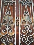 fondo d'annata di buio di effetto della luce della vecchia di struttura porta della parete Immagini Stock