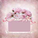 Fondo d'annata di eleganza con la struttura e le rose Fotografia Stock