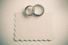 Fondo d'annata di nozze - inviti la progettazione di carta Immagine Stock