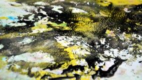 Fondo de acrílico de la acuarela de la pintura amarilla negra del contraste, textura colorida foto de archivo libre de regalías
