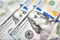 Fondo de 100 billetes de dólar Americano del dinero cientos BI del dólar Imágenes de archivo libres de regalías