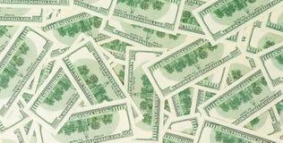 Fondo de billetes de banco dispersados del dólar como inconsútiles abstracto Imagenes de archivo