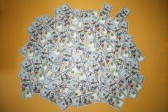 Fondo de 100 billetes de dólar Fotos de archivo