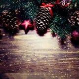 Fondo de la decoración de la Navidad o del Año Nuevo con salvado del árbol de abeto Fotos de archivo libres de regalías