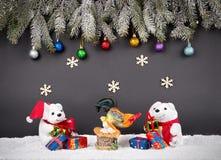 Fondo de la decoración de la Navidad o del Año Nuevo: ramas del piel-árbol, Foto de archivo