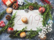 Fondo de la Feliz Año Nuevo con escrito 2019 Imagen de archivo libre de regalías