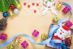 Fondo de la Feliz Año Nuevo y de la Feliz Navidad Imagenes de archivo