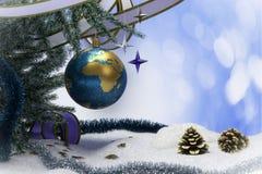 Fondo de la Feliz Año Nuevo y de la Feliz Navidad con tierra Foto de archivo libre de regalías