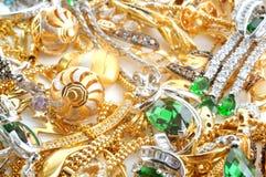 Fondo de la joyería del oro Fotos de archivo libres de regalías
