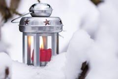 Fondo de la linterna de las vacaciones de invierno de la Navidad fotografía de archivo libre de regalías