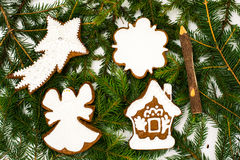 Fondo de la Navidad abstracta y del Año Nuevo con el pan de jengibre Foto de archivo libre de regalías