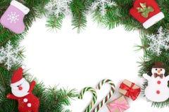 Fondo de la Navidad adornado con los copos de nieve aislados en blanco con el espacio de la copia para su texto Visión superior Foto de archivo libre de regalías
