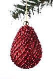 Fondo de la Navidad, bola de los conos del pino Fotos de archivo libres de regalías