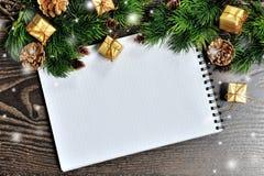Fondo de la Navidad con el lugar para su texto Fotos de archivo