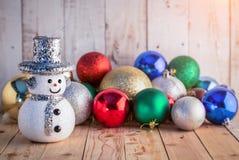 Fondo de la Navidad con la decoración festiva Fotos de archivo libres de regalías