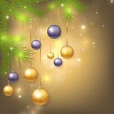 Fondo de la Navidad con las chucherías y el árbol Foto de archivo libre de regalías