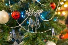 Fondo de la Navidad con las decoraciones Imagenes de archivo