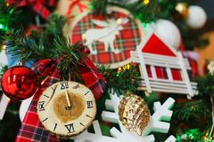 Fondo de la Navidad con las decoraciones del día de fiesta Fotografía de archivo