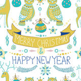 Fondo de la Navidad con las decoraciones lindas y los búhos divertidos, Seaml Foto de archivo libre de regalías