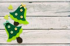 Fondo de la Navidad con los árboles de navidad decorativos Imágenes de archivo libres de regalías